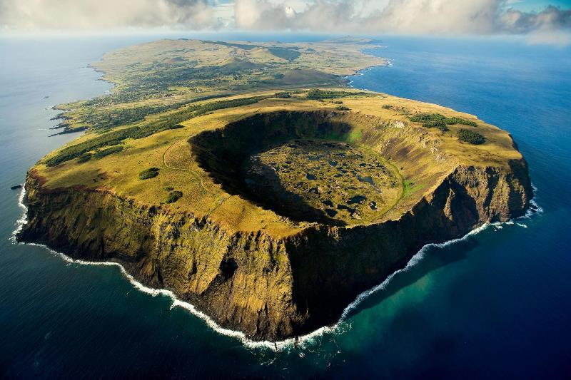 جزیره چشم شناور
