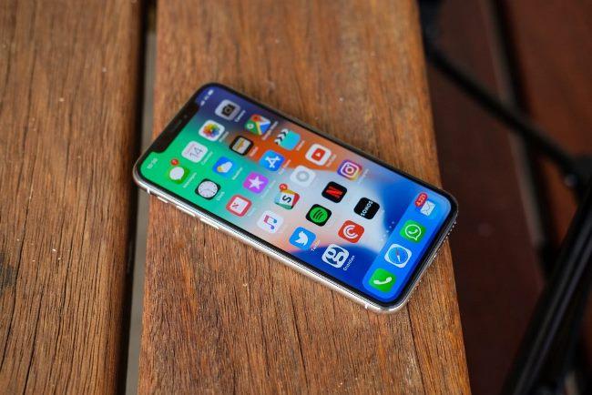 بهترین موبایل های مناسب بازی | آیفون X