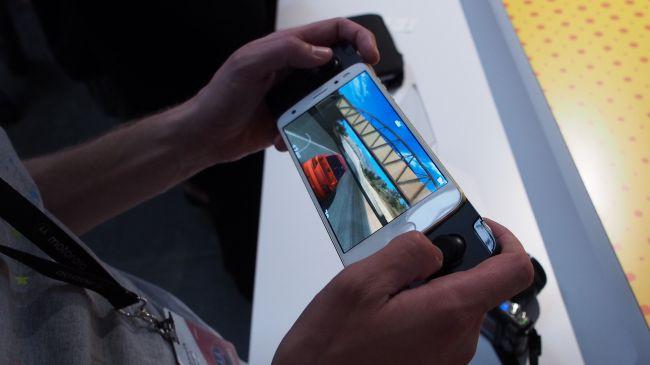 بهترین موبایل های مناسب بازی | Moto Z2 Force