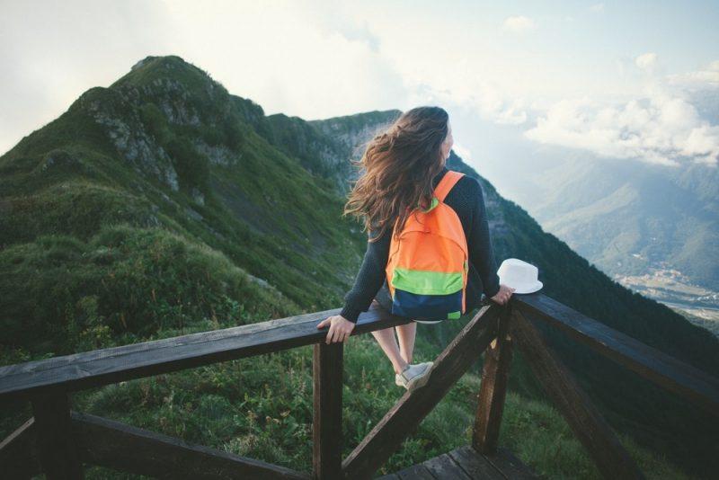 چرا تنهایی سفر کردن گاهی لازم است؟