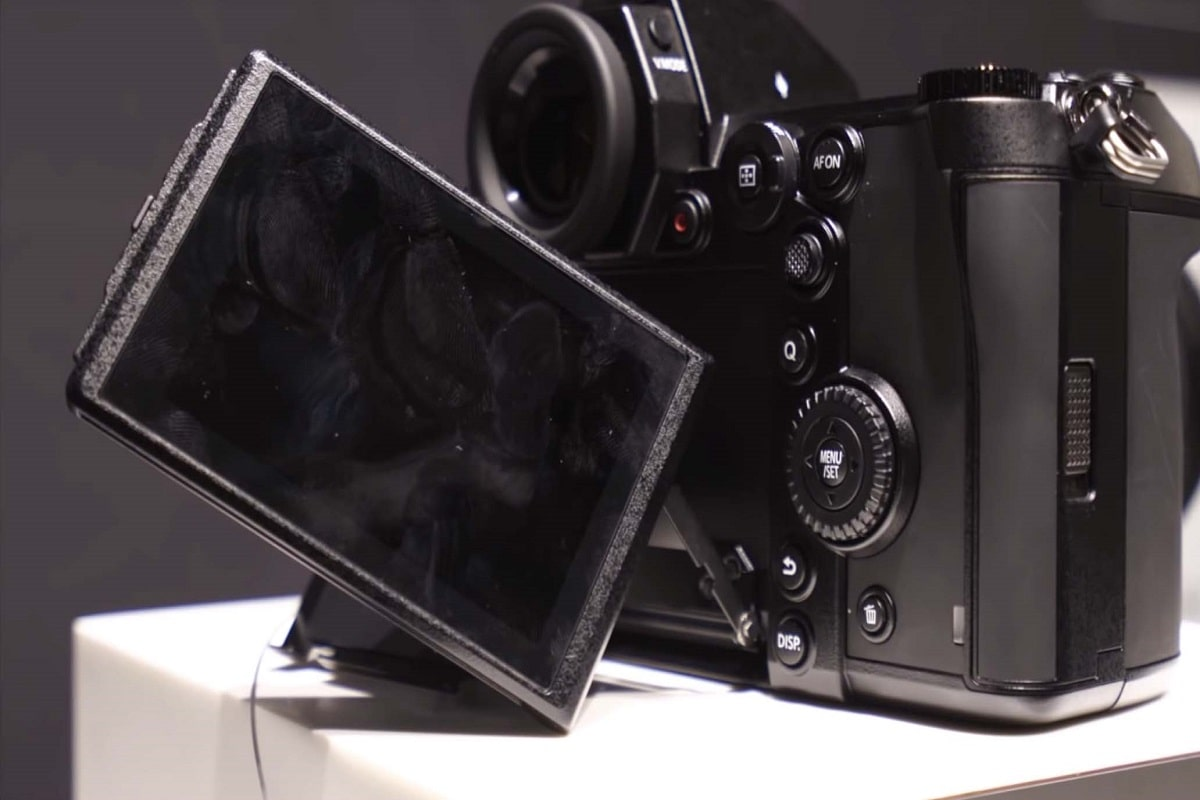دوربین های بدون آینه پاناسونیک lumix S1r