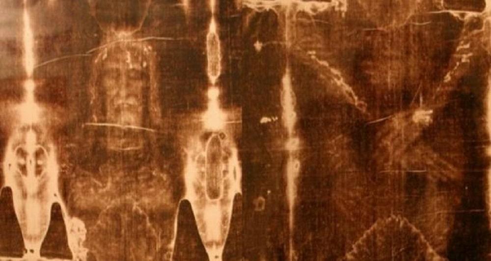 کفن تورین منسوب به عیسی مسیح