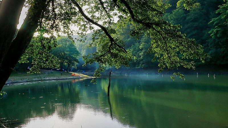دریاچه چورت از بهترین مقاصد گردشگری عید فطر 98