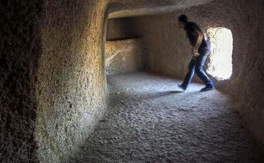 غار حسین کوهکن