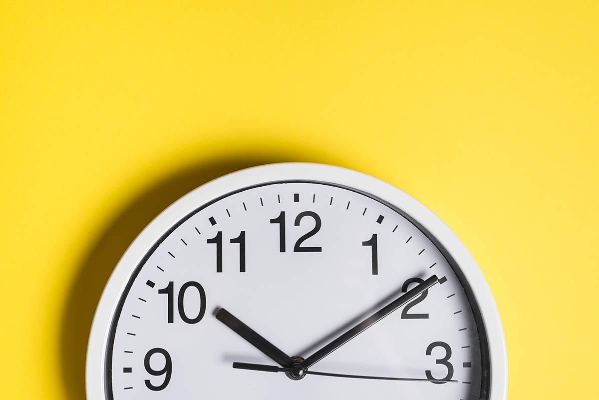 """اما مفهوم """" زمان"""" چیست؟"""