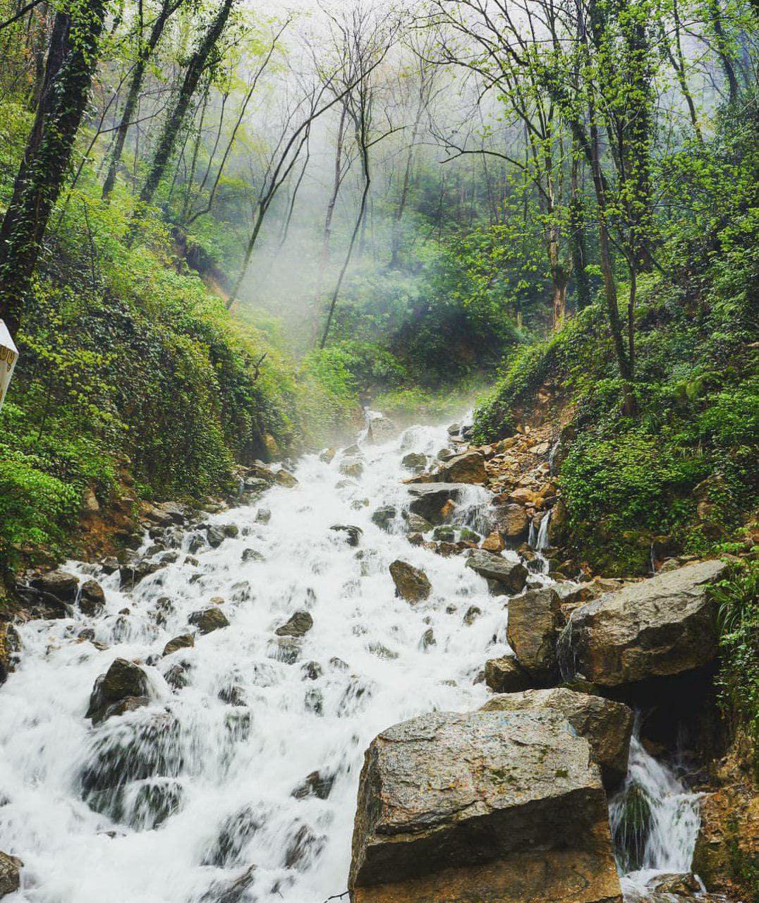 آبشار آب پری مازندران