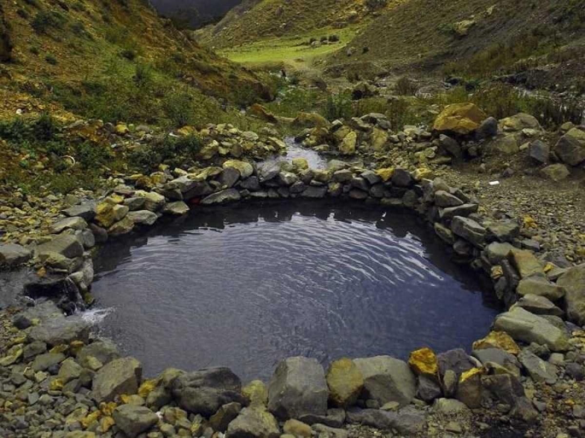چشمه قیر دهلران