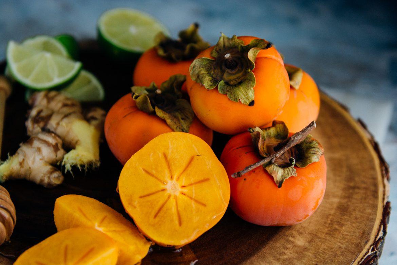 خرمالو یکی از میوههای پاییز