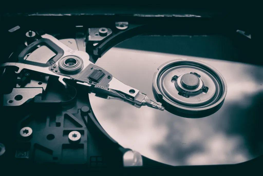 هارد SSD چیست