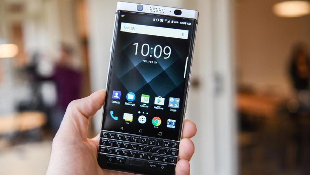 blackberry-key-one-review