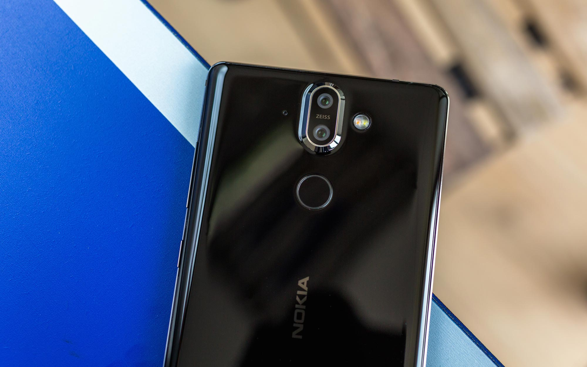 Nokia-8-sirocco-review